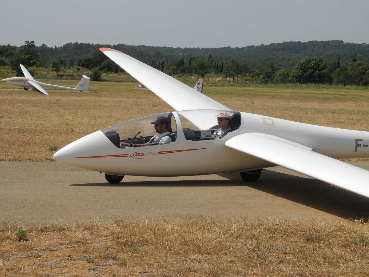 Centre de vol à voile sur le canton de Fayence
