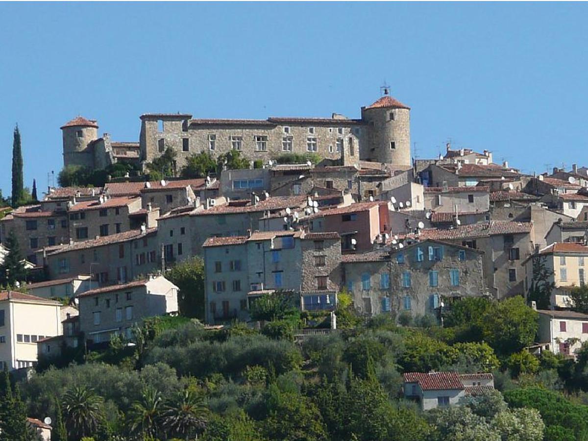 Montauroux, village perché de l'arrière-pays varois sur la Côte d'Azur