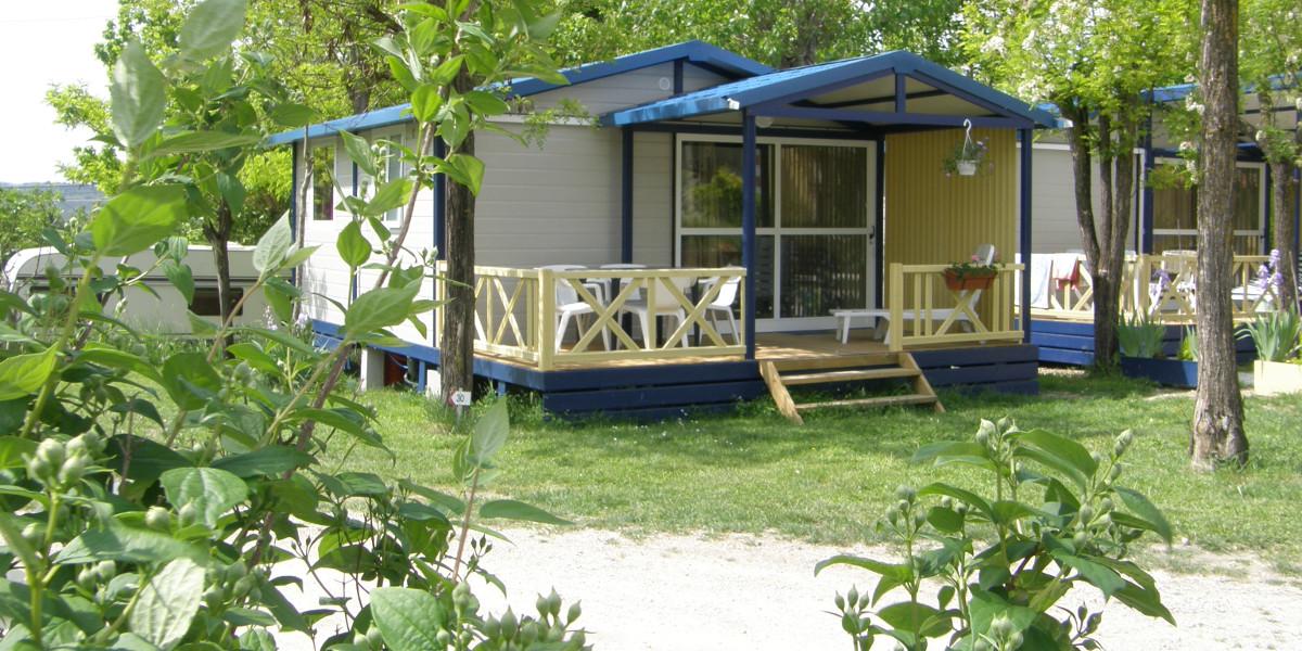 chalet Moréa location tout confort au camping les Floralies a Montauroux var provence